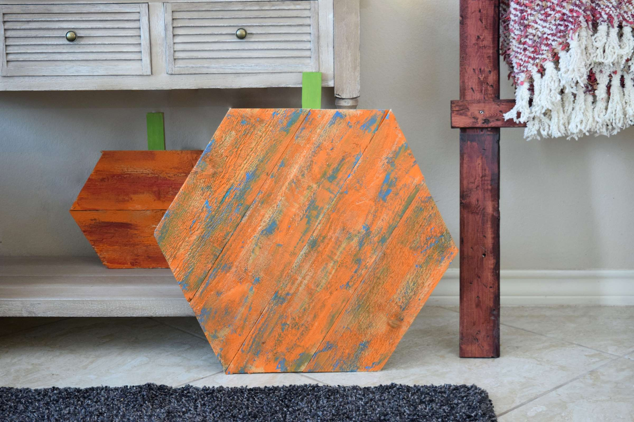 Picture of Reclaimed Wood Hexagon Pumpkins
