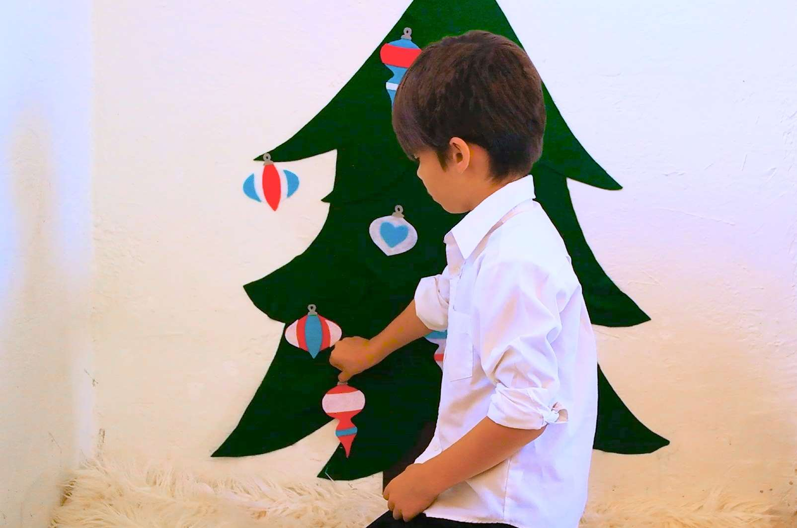 Picture of Felt Christmas Tree for Kids!
