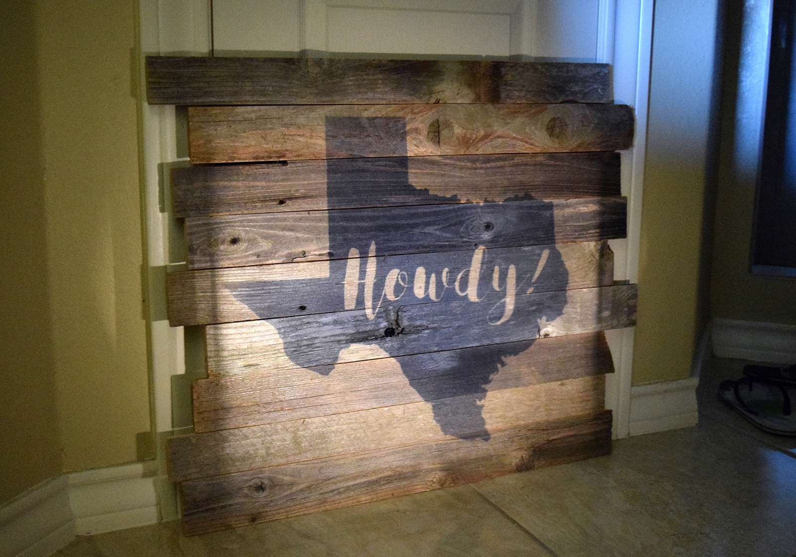 Picture of Reclaimed Wood Pallet Art