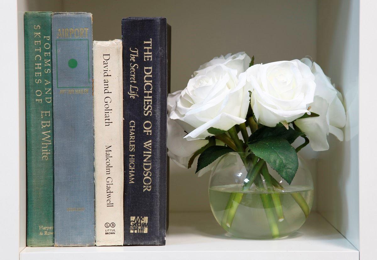 Picture of Bookshelf Book Crate