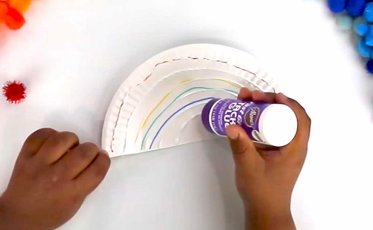 Picture of Paper Plate Rainbow Kids Craft