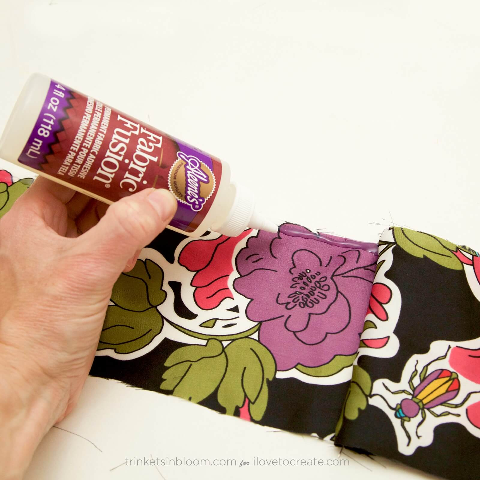 Picture of How to Glue Fabric to Fabric: DIY Turban