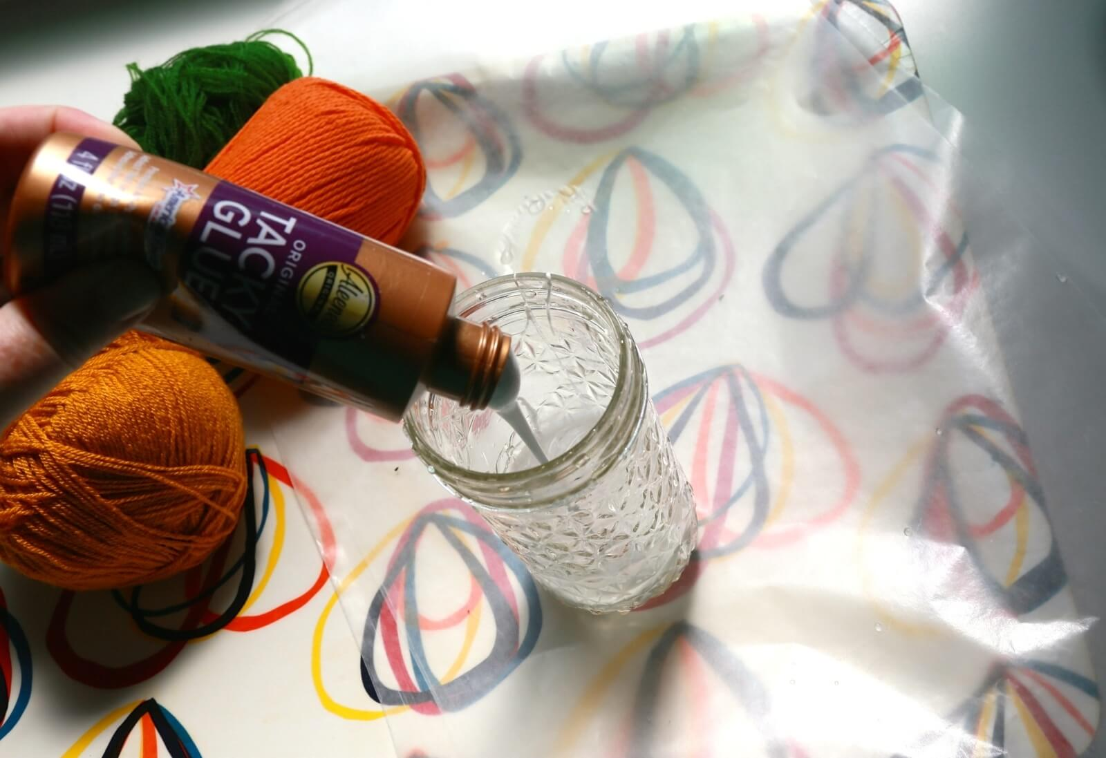 Picture of Yarn Glue Pumpkins