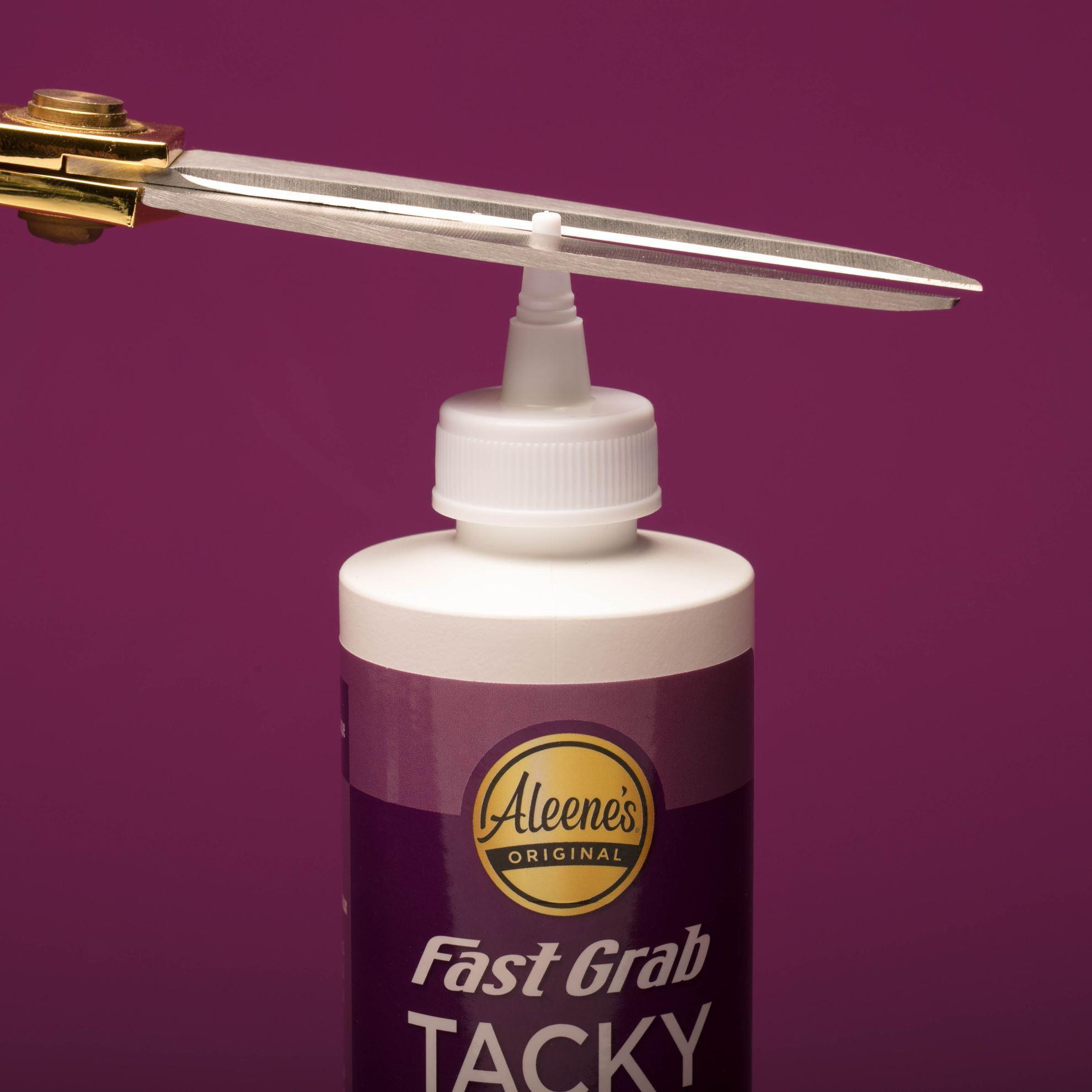 Aleene's® Fast Grab Tacky Glue tip