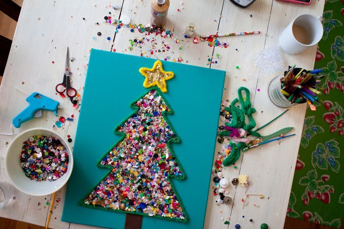 Picture of 25+ Easy Holiday Crafts for Kids