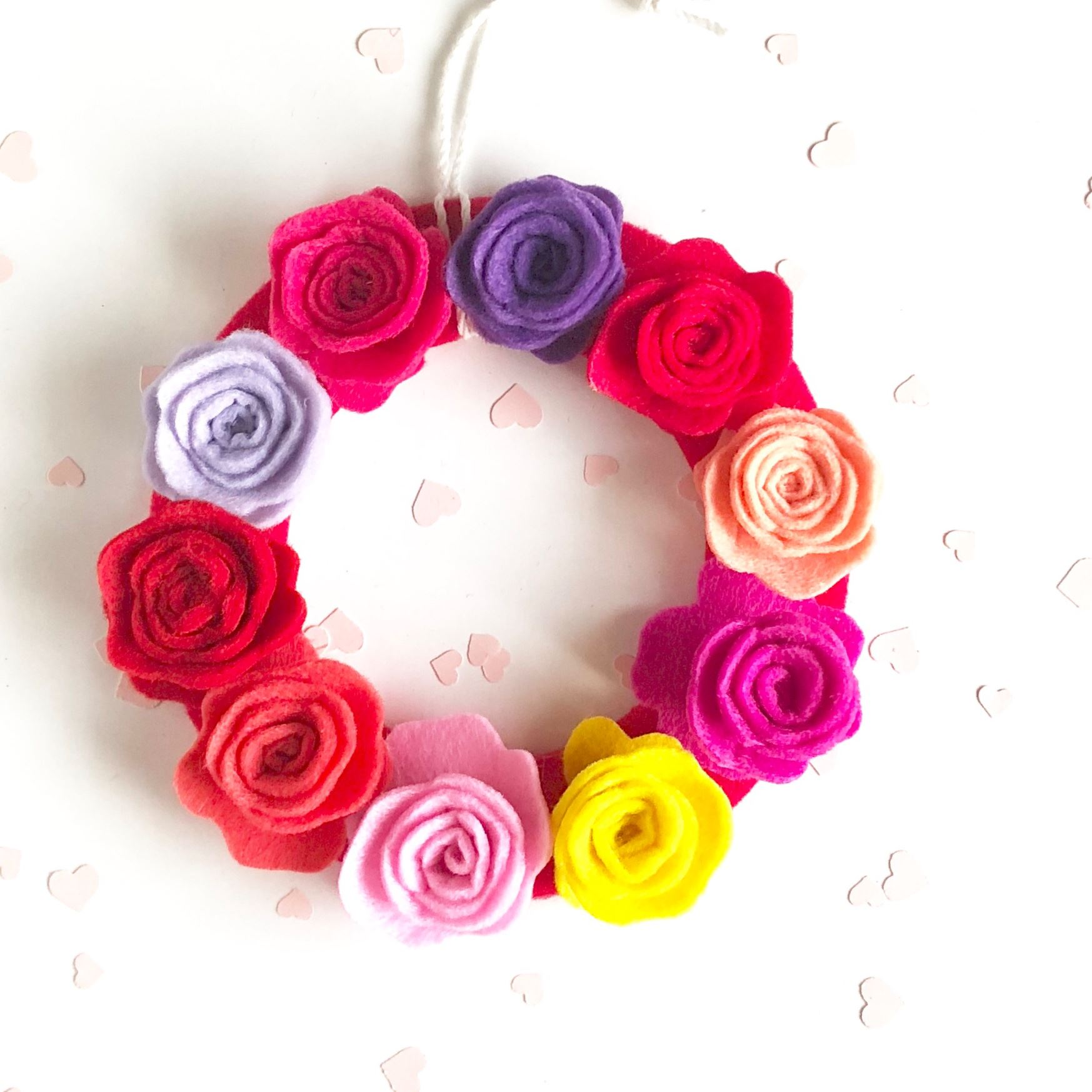 Picture of DIY Felt Rose Wreath