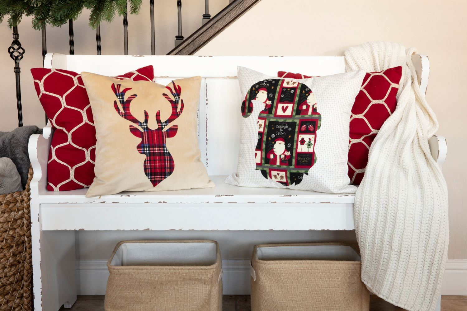 Picture of DIY No-Sew Christmas Pillows