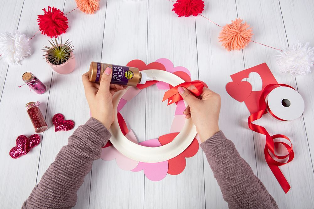 Aleene's Paper Heart Wreath - glue on ribbon