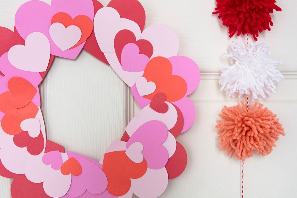 Aleene's Paper Heart Wreath