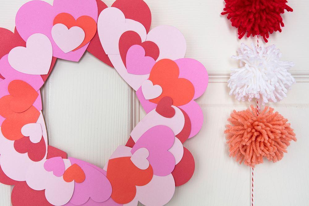 Aleene's Paper Heart Wreath