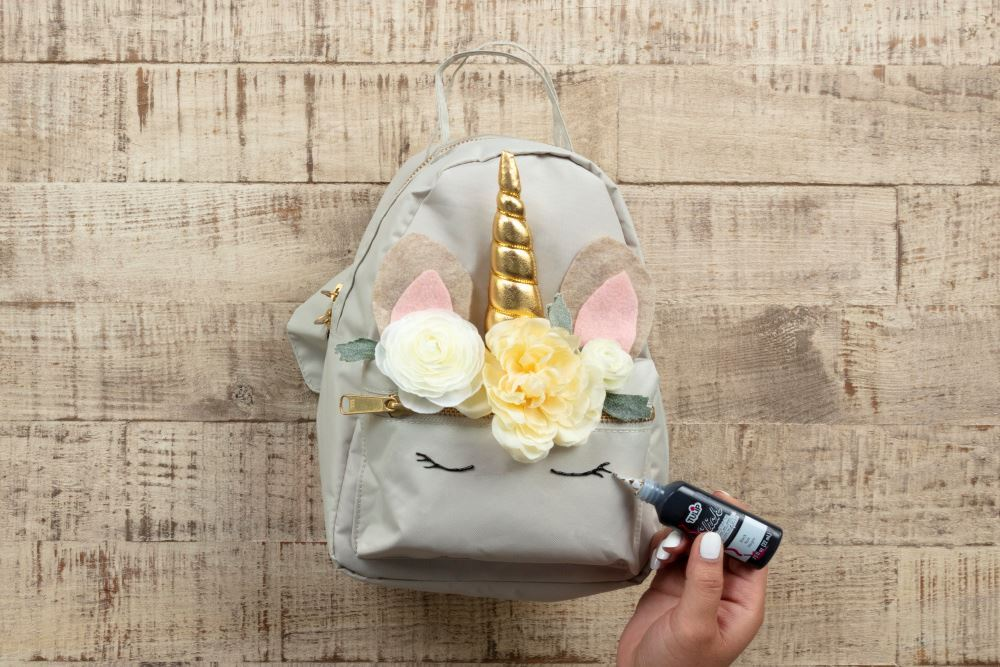 Aleene's No-Sew Unicorn Backpack