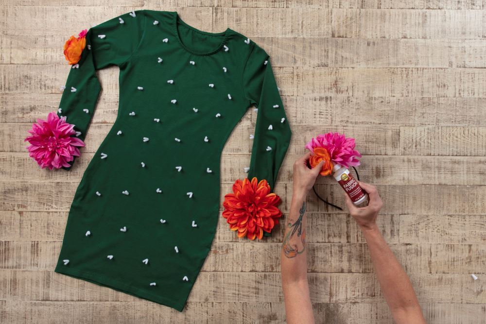 Aleene's Last-Minute Couple's Cactus Costume