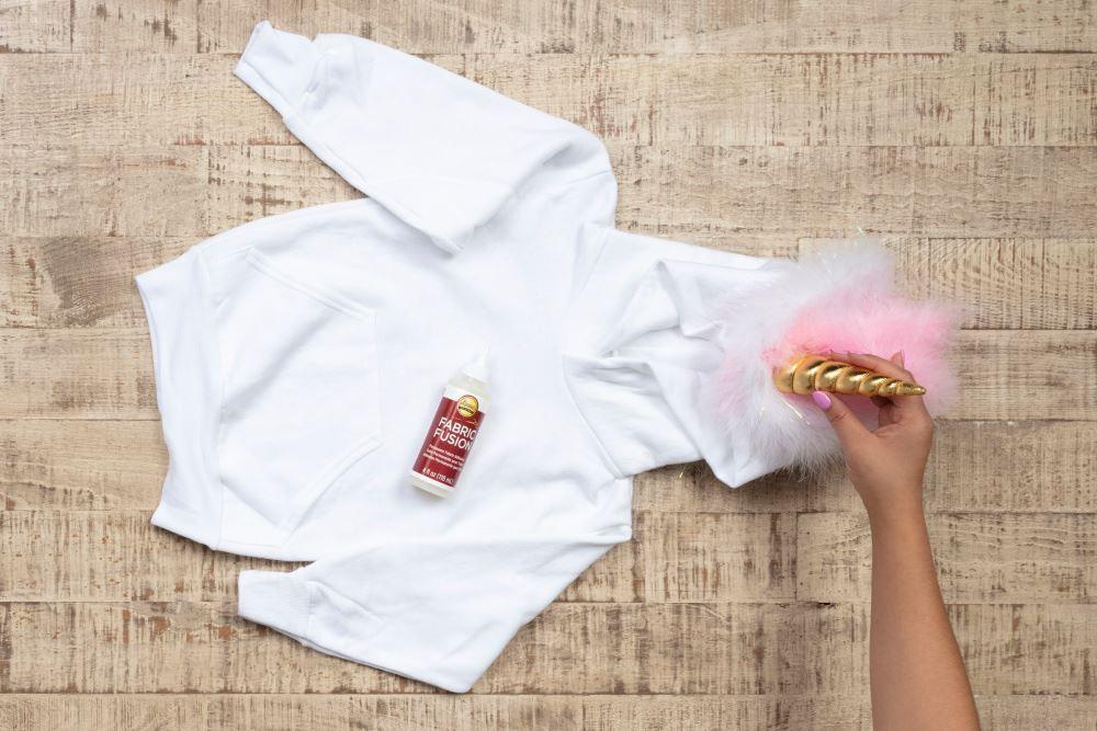 Aleene's No-Sew Unicorn Costume for Kids