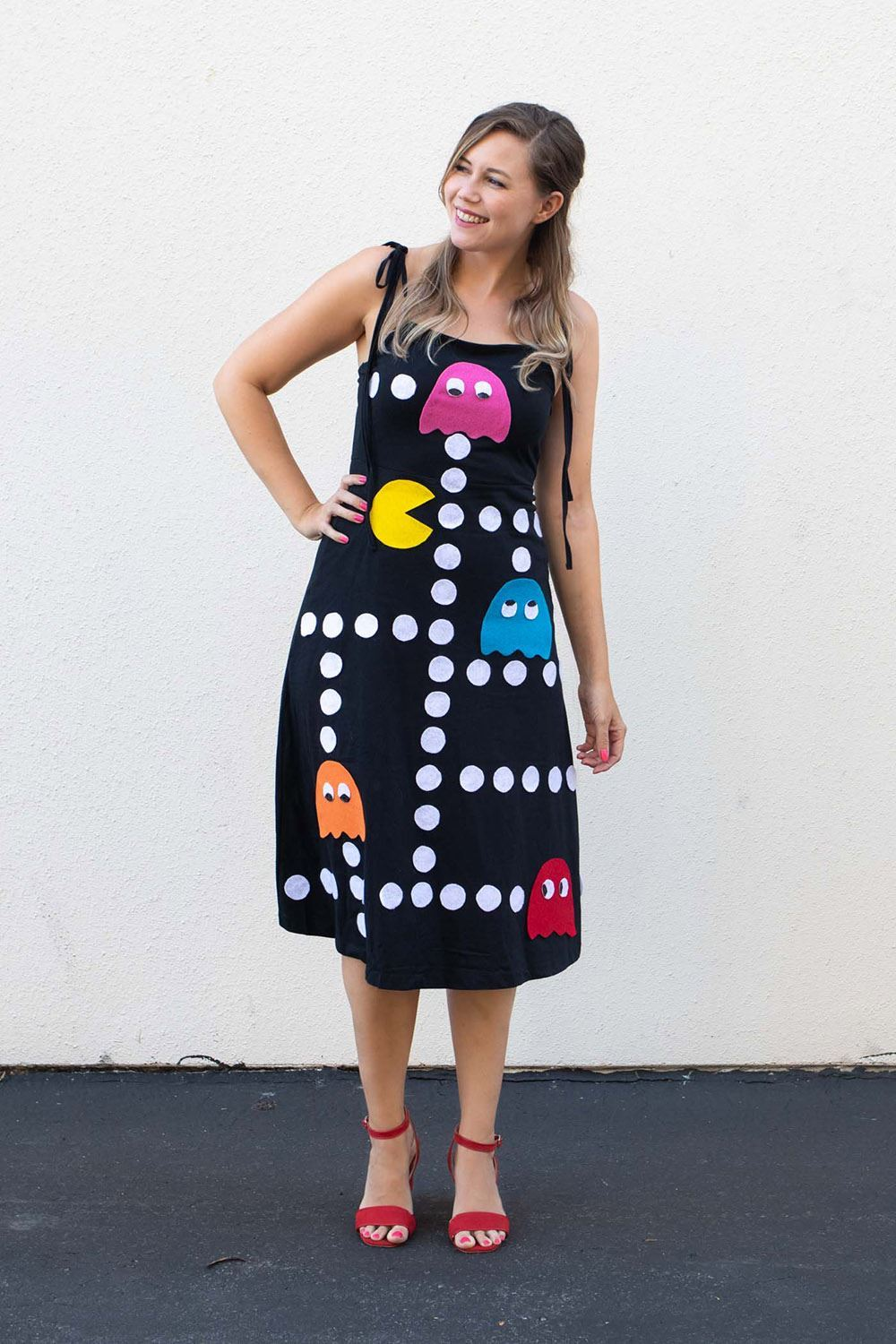 Picture of No-Sew PAC-MAN Inspired Costume