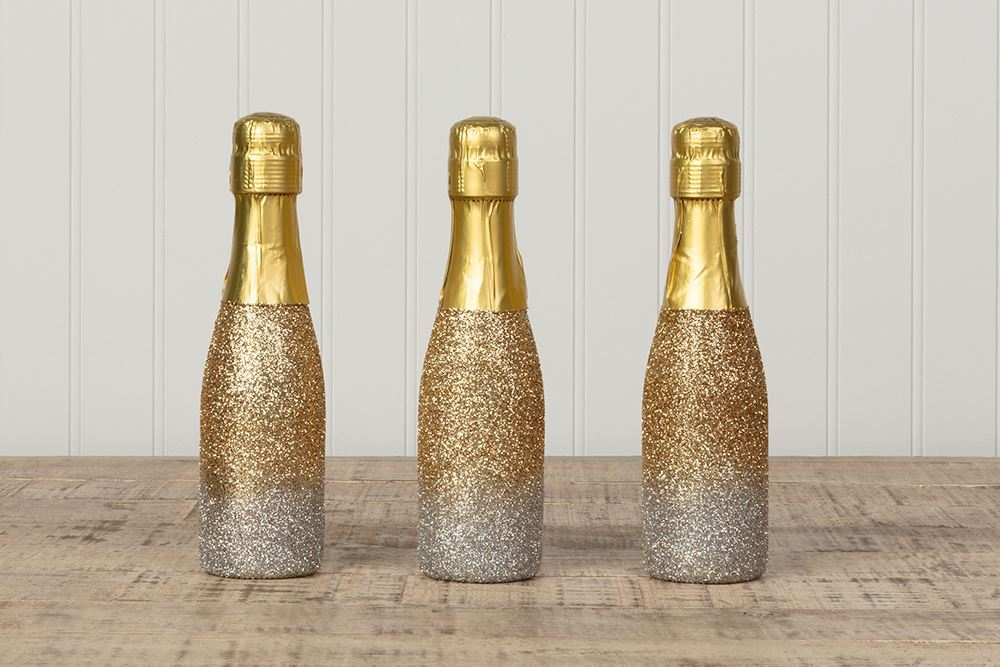 Aleene's Mini Glitter Wine Bottles