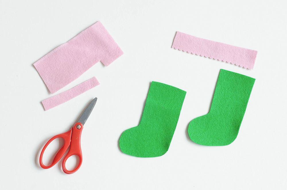 Aleene's Felt Stocking Ornaments Craft