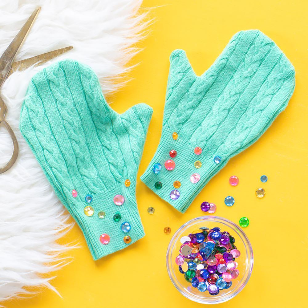 Picture of Upcycle Idea: No-Sew Mittens DIY