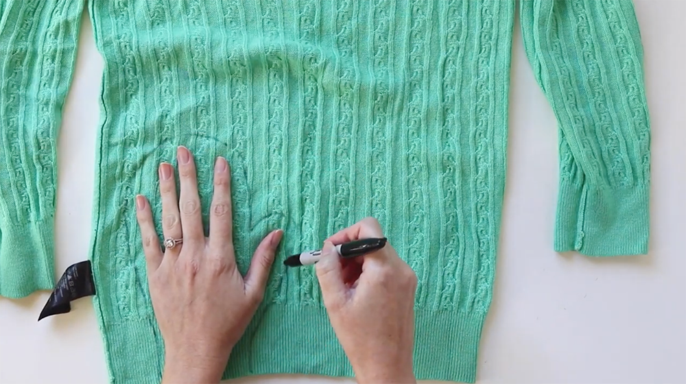 Aleene's Upcycle Idea: Turn Your Sweater into No-Sew Mittens