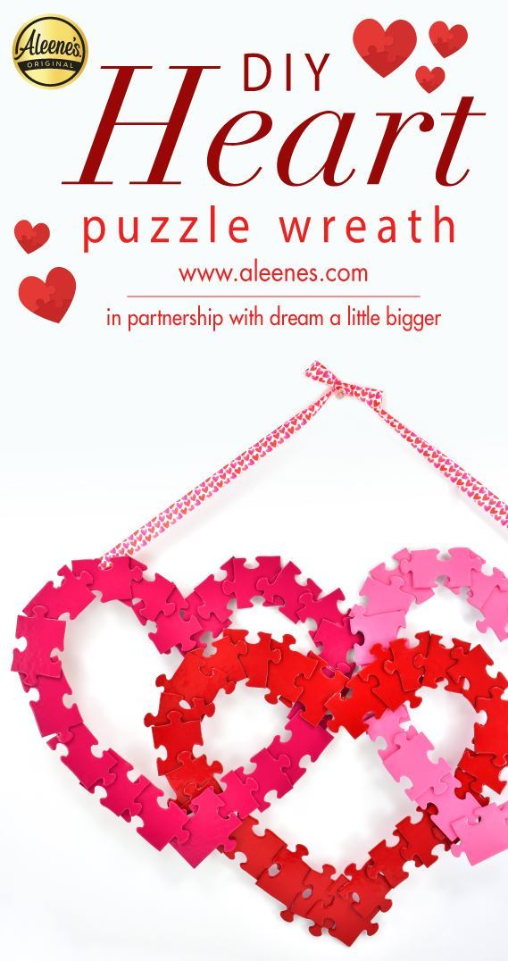 Picture of Aleene's Puzzle Heart Wreath