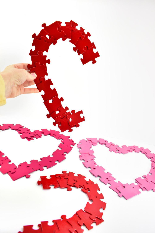 Aleene's Puzzle Heart Wreath