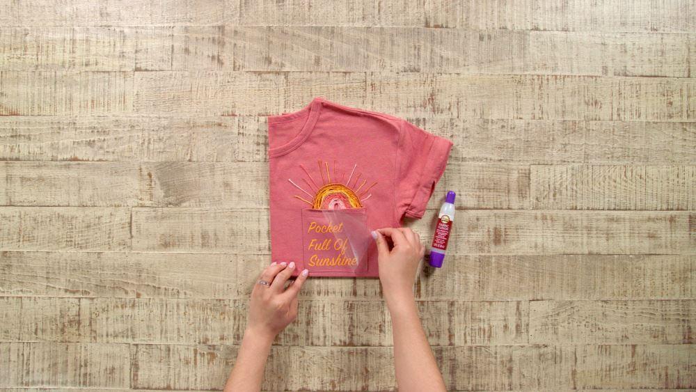 Aleene's Pocket Full of Sunshine Quote Art Shirt - iron on quote