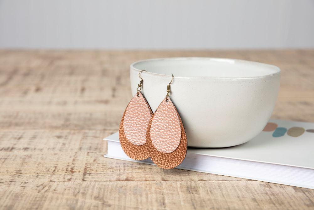 Picture of DIY Leather Earrings
