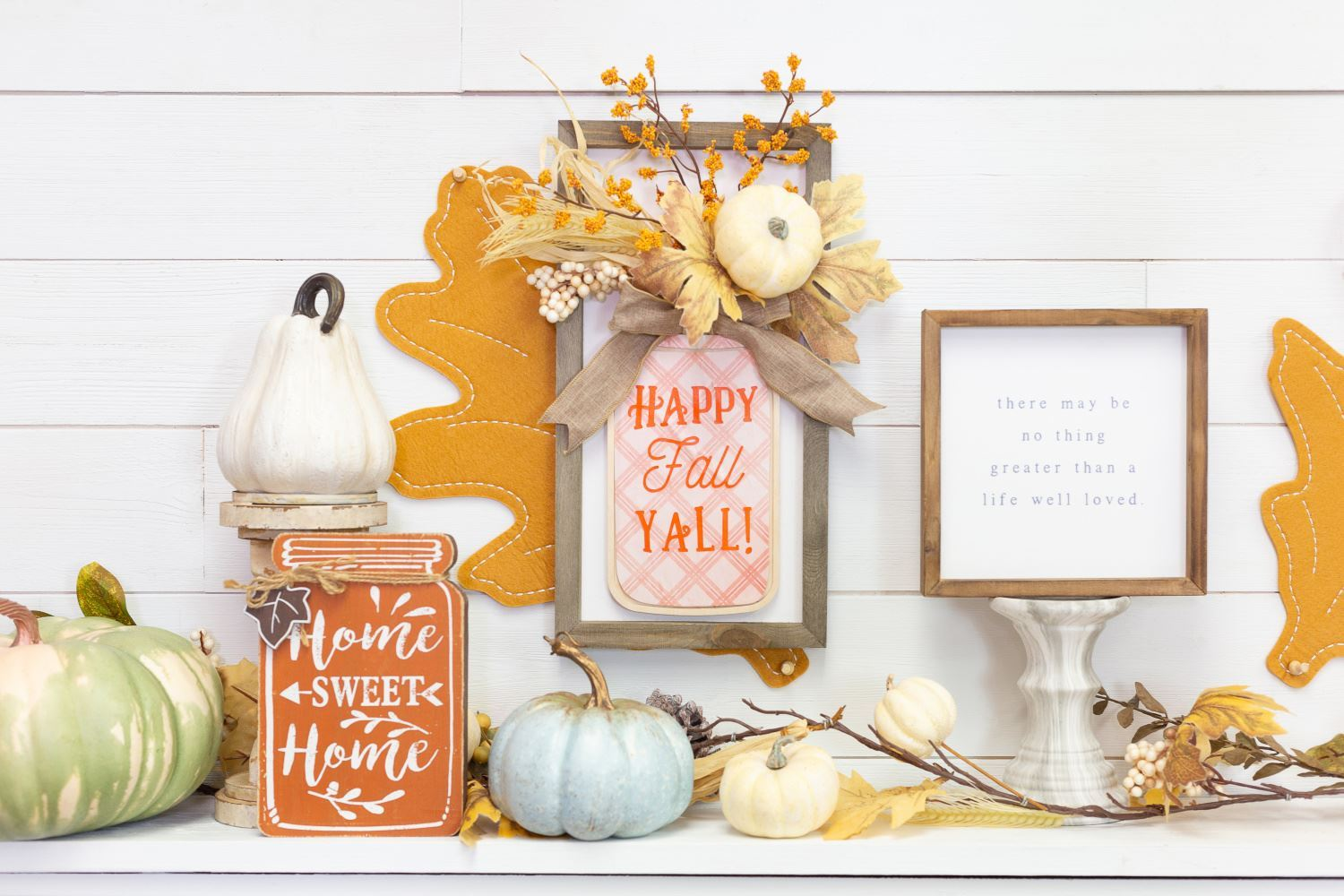 DIY fall décor signs