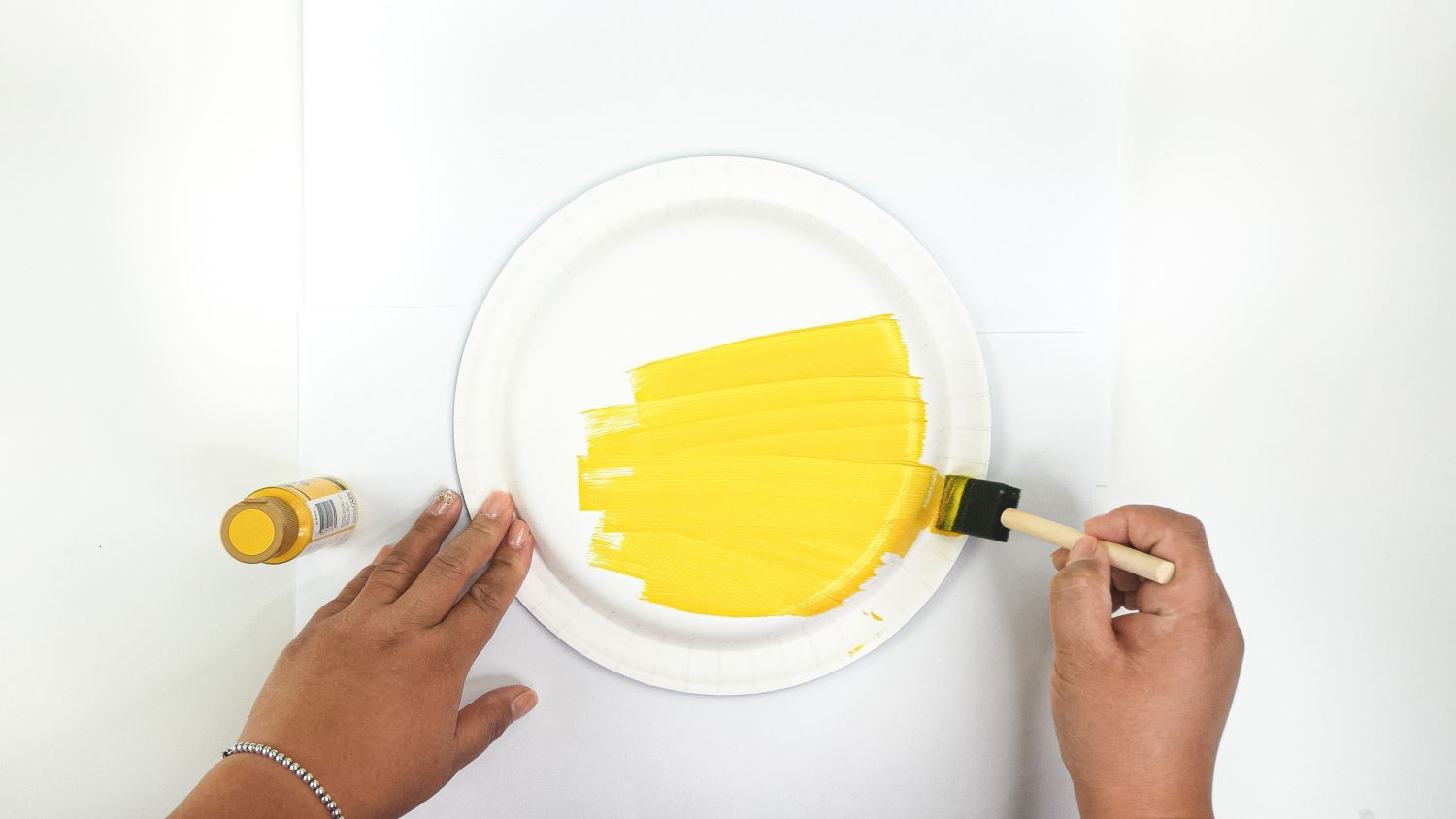 Paint plate yellow