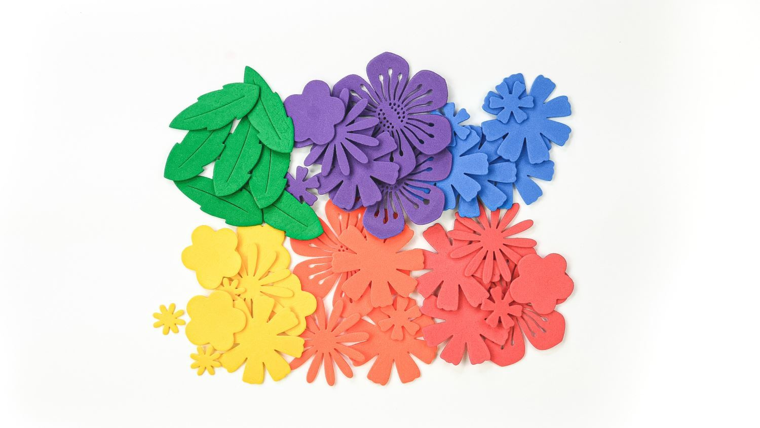 Cut out flowers and leaves from foam