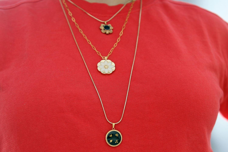 Easy Vintage Button Necklace