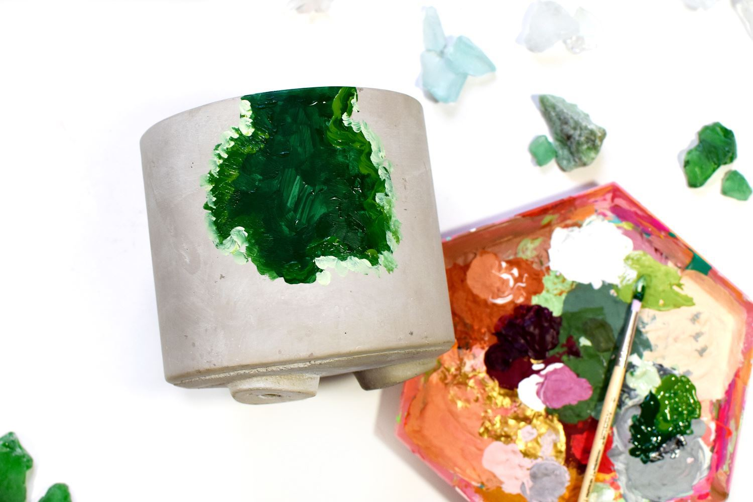 Paint shape with loose strokes of green paint